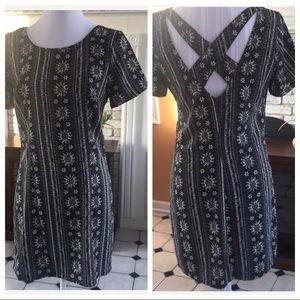 🦋Hollister Dress Mini Floral Pattern Cross-Back